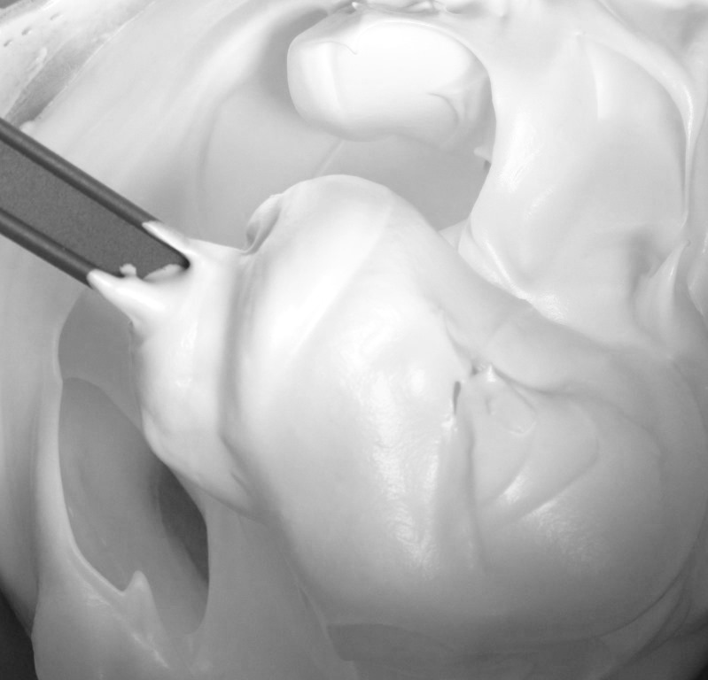 Soggy, discoloured, collapsed, grainy, sweating meringue? We address ...